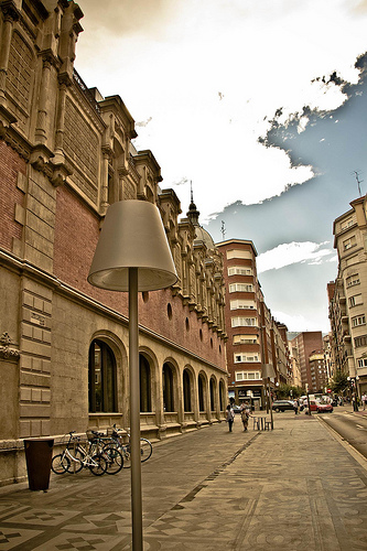 Alhondiga - Mikel Agirregabiria CC-by-sa-nc
